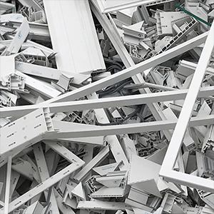 Duze fragmenty materialu