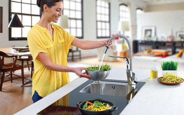 Jak oszczędzać wodę w domu? Poradnik - oszczędzamy wodę